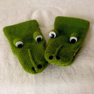 Green Alligator Knit Vintage Baby Mittens